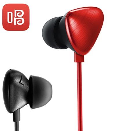 唱吧A1监听用的耳机.jpg